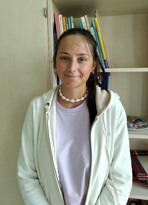"""Frau Kopke unterstützt uns im Rahmen eines """"FSJ""""."""